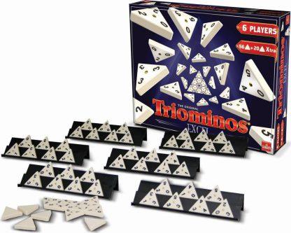 Afbeelding van de spelonderdelen vna het Triominos deluxe bordspel