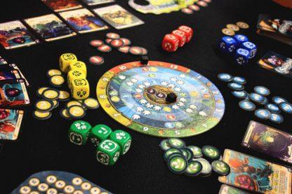 Afbeelding van een spelimpressie van het bordspel Seasons