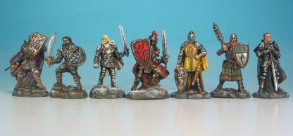 Impressie van geverfde figuren van Shadows over Camelot