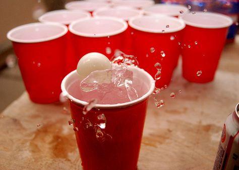 Beerpong Spel met Cups en Bal