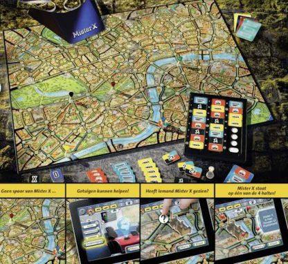 Speelbord en Kaarten van het bordspel Scotland Yard Master