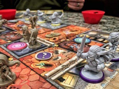 Spelimpressie van het bordspel Arcadia Quest Inferno