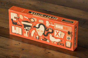 De doos van het bordspel Secret Hitler