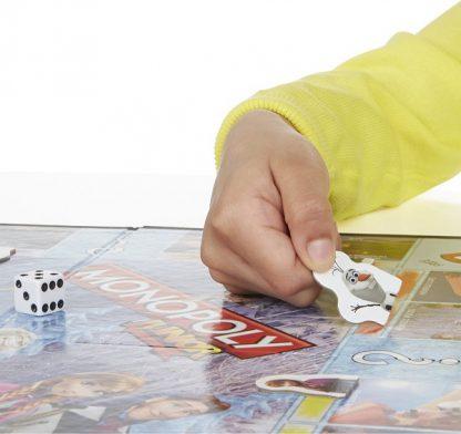 Spelimpressie van het bordspel Monopoly Junior Disney Frozen