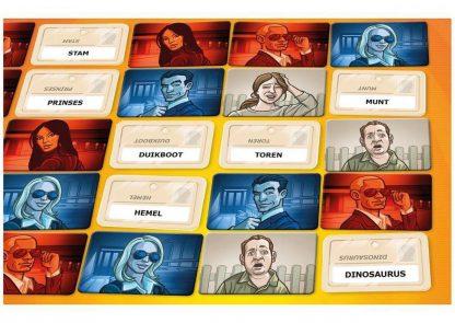 Codenames bordspel kaarten spelimpressie